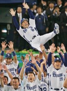 落合氏は監督時代、中日を最強チームに仕立てた(07年11月)