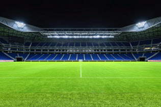 別の社内カンパニーと連携し、スタジアム照明を拡販する(大阪府吹田市)