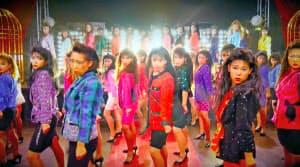 「バブリーダンス」の映像は動画サイトで4900万回以上再生されている