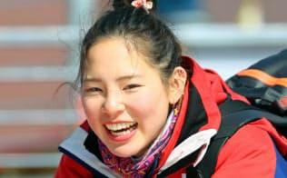 スーパー大回転への出場を終え、笑顔を見せる本堂選手(11日、平昌)=横沢太郎撮影