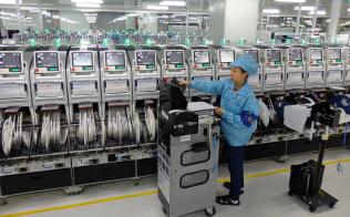 輸出や生産、新規受注など幅広い指数が改善した(広東省東莞市)