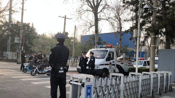 要人訪中観測、北京の厳戒態勢続く 正恩氏か妹か