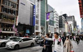 再開発や訪日客増加が都市・地方の地価を押し上げた(中央区銀座4丁目周辺)
