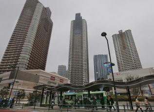 多くのタワーマンションが立つ東急武蔵小杉駅前(川崎市)