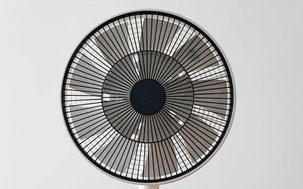 バルミューダが4月5日に発売する扇風機「ザ・グリーンファン」