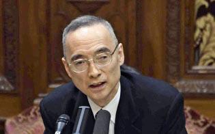 参院決算委で答弁する財務省の太田充理財局長(9日午前)=共同
