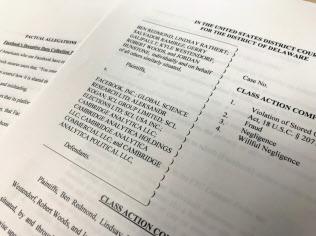 英米の7人の原告が、フェイスブックなどに対し集団訴訟を提訴した(米デラウェア州の連邦地裁に受理された訴状)