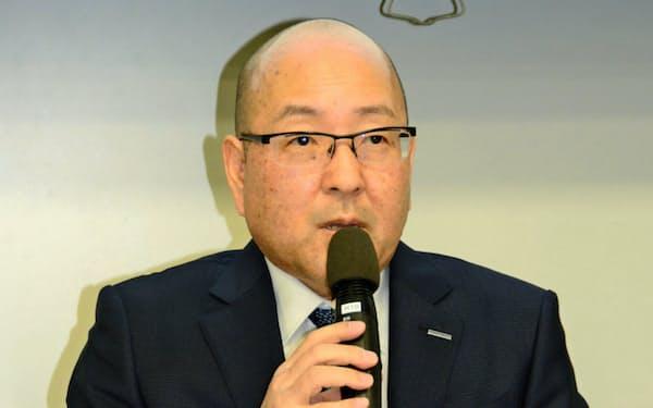 東洋ゴム工業の清水隆史は自動車関連事業に生き残りをかける(2月15日、大阪市)