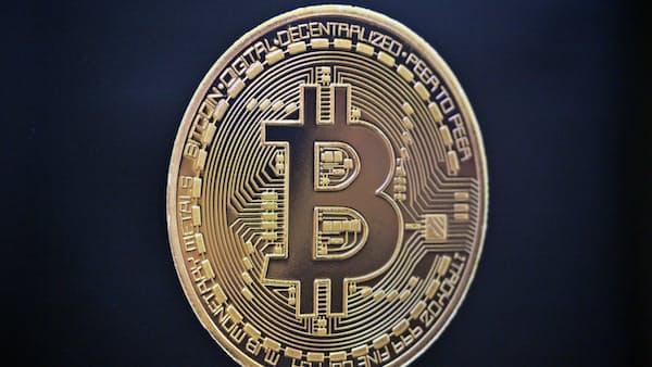 仮想通貨、収入1億円以上は331人 17年確定申告で