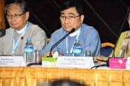 19日、ヤンゴン市内で記者会見したウィン・ミャ・エー社会福祉・救済復興相