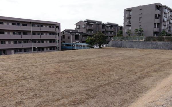 地面師詐欺の被害に遭った土地はマンションに囲まれている(横浜市)