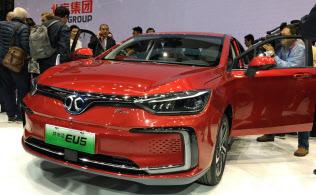 北京汽車集団が発表したAIを搭載した電気自動車「EU5」