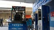 トヨタは元町工場の水素ステーションを活用する(25日、愛知県豊田市)
