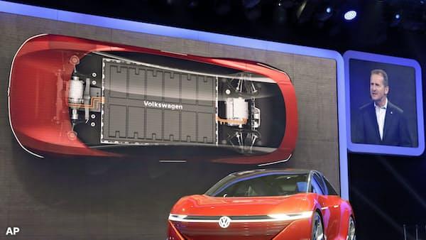 トヨタ、EV中国生産 自社開発車を20年にも発売