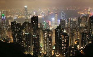 ビクトリアピークの展望台から見た香港の夜景