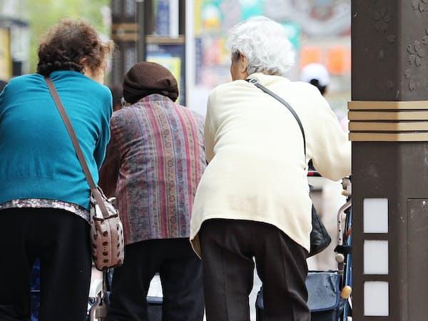 高齢化と人口減少が進むなか、地域医療のあるべき姿をどう描くかが課題となる