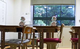 教室に行けない自分の代わりに分身ロボットが授業に出席(都内の特別支援学校)=寺沢将幸撮影