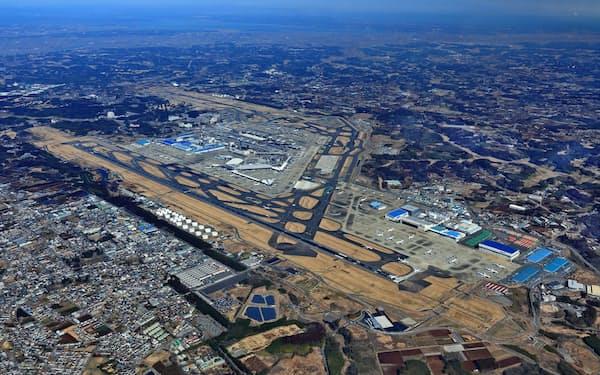 成田空港は3本目の滑走路建設などが動き出した