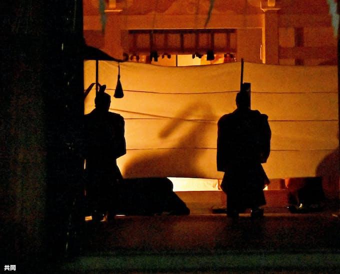 工事前に神様のお引っ越し 明治神宮で仮殿遷座祭: 日本経済新聞