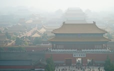 中国の環境規制強化 日本企業に摘発の波