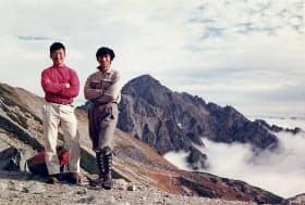 登山家の中谷三次氏(左)をパートナーに多くの山に登った