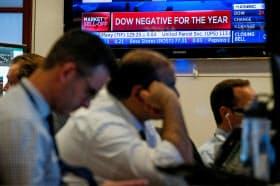 NY株は5月に入って最大の下げ幅を記録した=ロイター