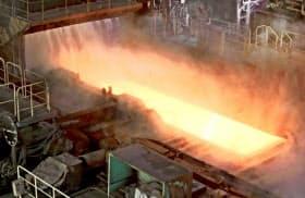 新日鉄住金など国内鉄鋼メーカーはフル生産に入っているが・・・(新日鉄住金の鹿島製鉄所)
