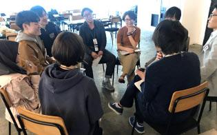 ベンチャー3社合同の「シェア研修」を通じて他社に転職した人もいる(東京都渋谷区)