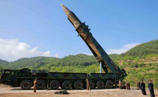 北朝鮮はイランと核・ミサイル分野で協力を深めているとみられている(昨年7月に北朝鮮が発射したICBM「火星14号」)=朝鮮中央通信ロイター