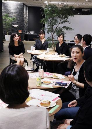 2009年から広がり始めた「女子会」は今や飲み会の主流に