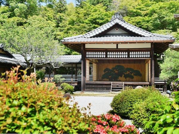豊臣秀吉の没後300年に建築された能舞台(京都市左京区)