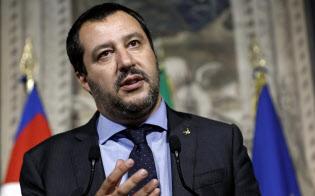内相のサルビーニ氏は反移民を強く訴えている=AP