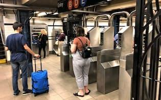 ニューヨークの地下鉄は駅の設備も老朽化が進む