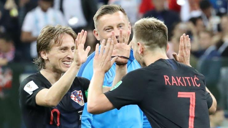 アルゼンチンを圧倒 クロアチアが20年ぶり16強
