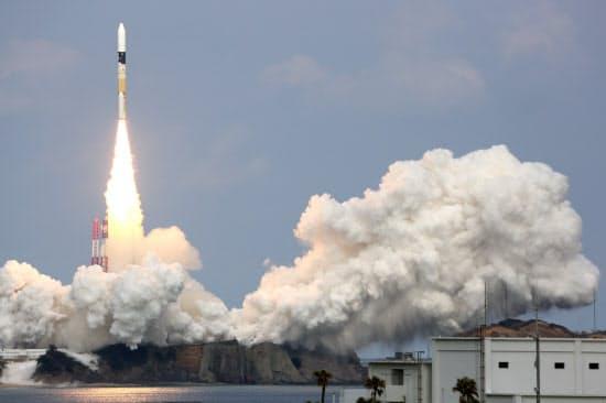 2014年12月3日、はやぶさ2はH2Aロケットで打ち上げられた。約3億キロ離れた小惑星への旅に出た(種子島宇宙センター)