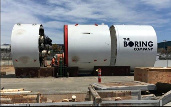 ボーリング社が開発した地下トンネルの掘削機