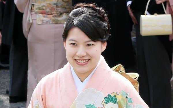 春の園遊会に出席した高円宮家の三女、絢子さま(2017年4月、東京・元赤坂の赤坂御苑)