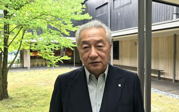 たまおき・やすし 1949年松山市生まれ。72年慶応大卒、電通入社。77年一六入社。86年同社社長、89年一六本舗社長。2007年からITM伊丹記念財団理事長も務める。