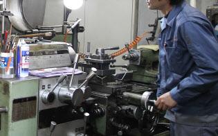 リース機器が日本の製造現場を支え得てきた(東京都内の工場)