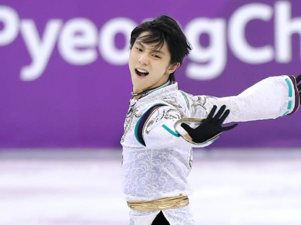 平昌五輪フィギュアスケート男子フリーで演技する羽生選手(2月17日)=上間孝司撮影