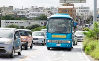 多摩市では「日野ポンチョ」の車両を使ったバスの自動運転で高齢者の移動を支援(写真はイメージ)