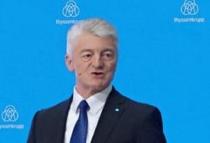 ティセン・クルップのハインリッヒ・ヒージンガー社長は株主から批判を受けていた(17年11月、ドイツ・エッセン)