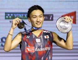 男子シングルスで優勝した桃田賢斗(8日、ジャカルタ)=AP