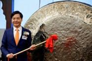 小米の雷軍CEO(9日、香港)=ロイター