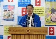 記者会見する愛知県の大村秀章知事(9日午前、県庁)