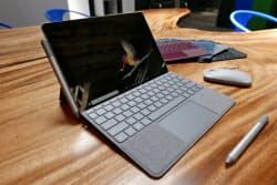 マイクロソフトが発売するタブレット型パソコン「サーフェスゴー」