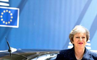 6月28日、EU首脳会議出席のためブリュッセルを訪れたメイ英首相=ロイター