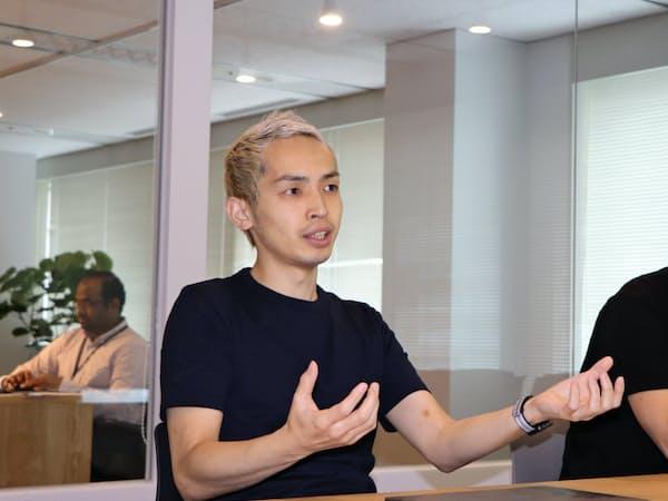 スタートトゥデイ研究所執行役員の大久保氏が目指すのは、ファッションの数値化だ(福岡市中央区)