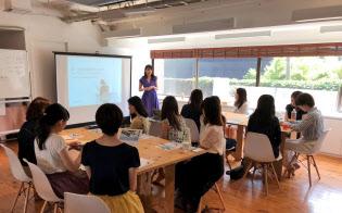 SHEでは「働く女性が活躍するために知っておくべき20のこと」など月25~30の講座を開催(東京・表参道)