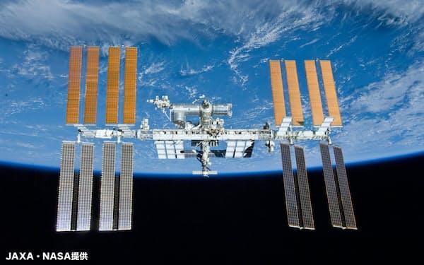国際宇宙ステーション(ISS)=JAXA・NASA提供